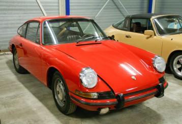 Porsche 911 Coupé Polorot